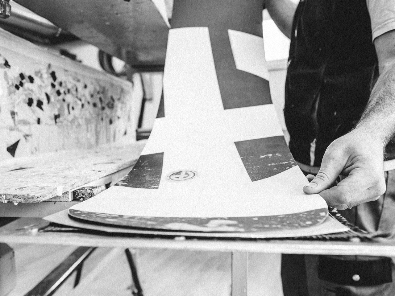 Apex CSTM Snowboards